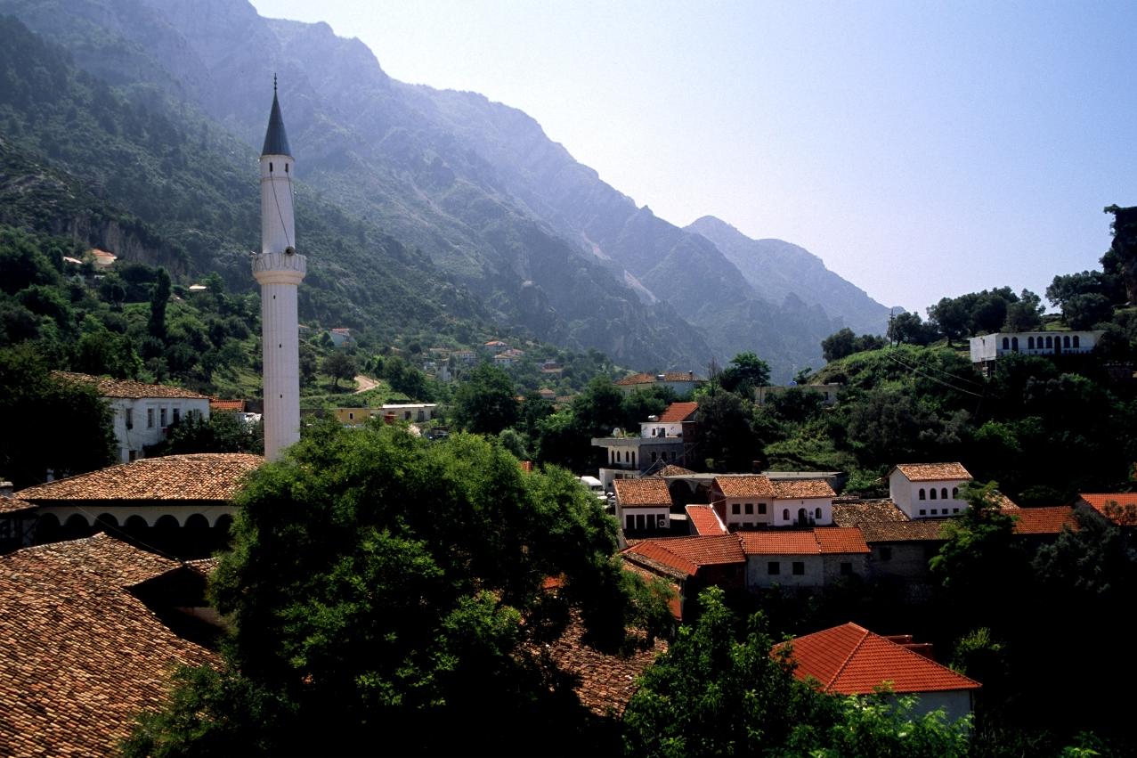 Kruja (Albania) - Old town