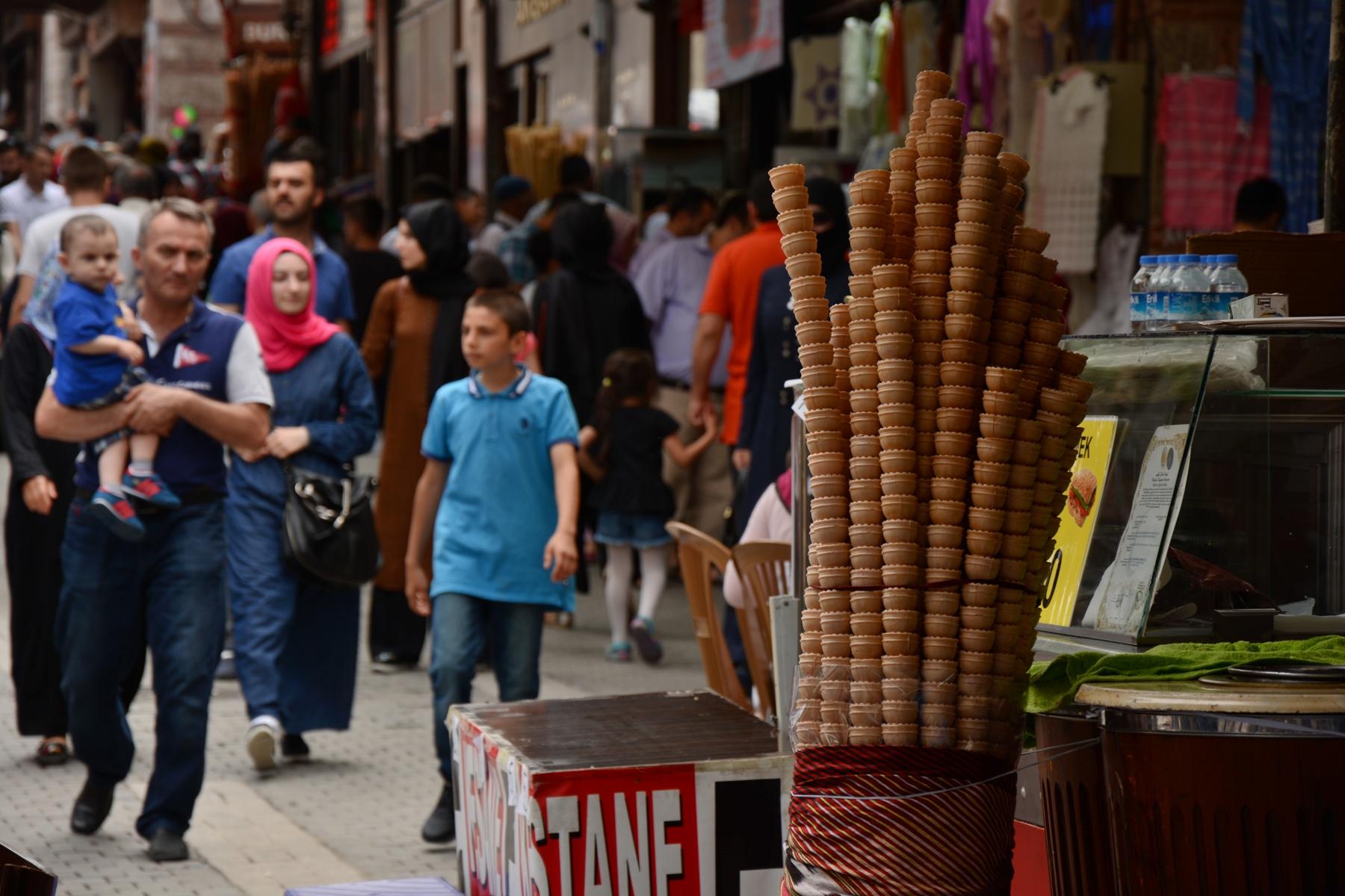 Bursa egyik forgalmas bazárja
