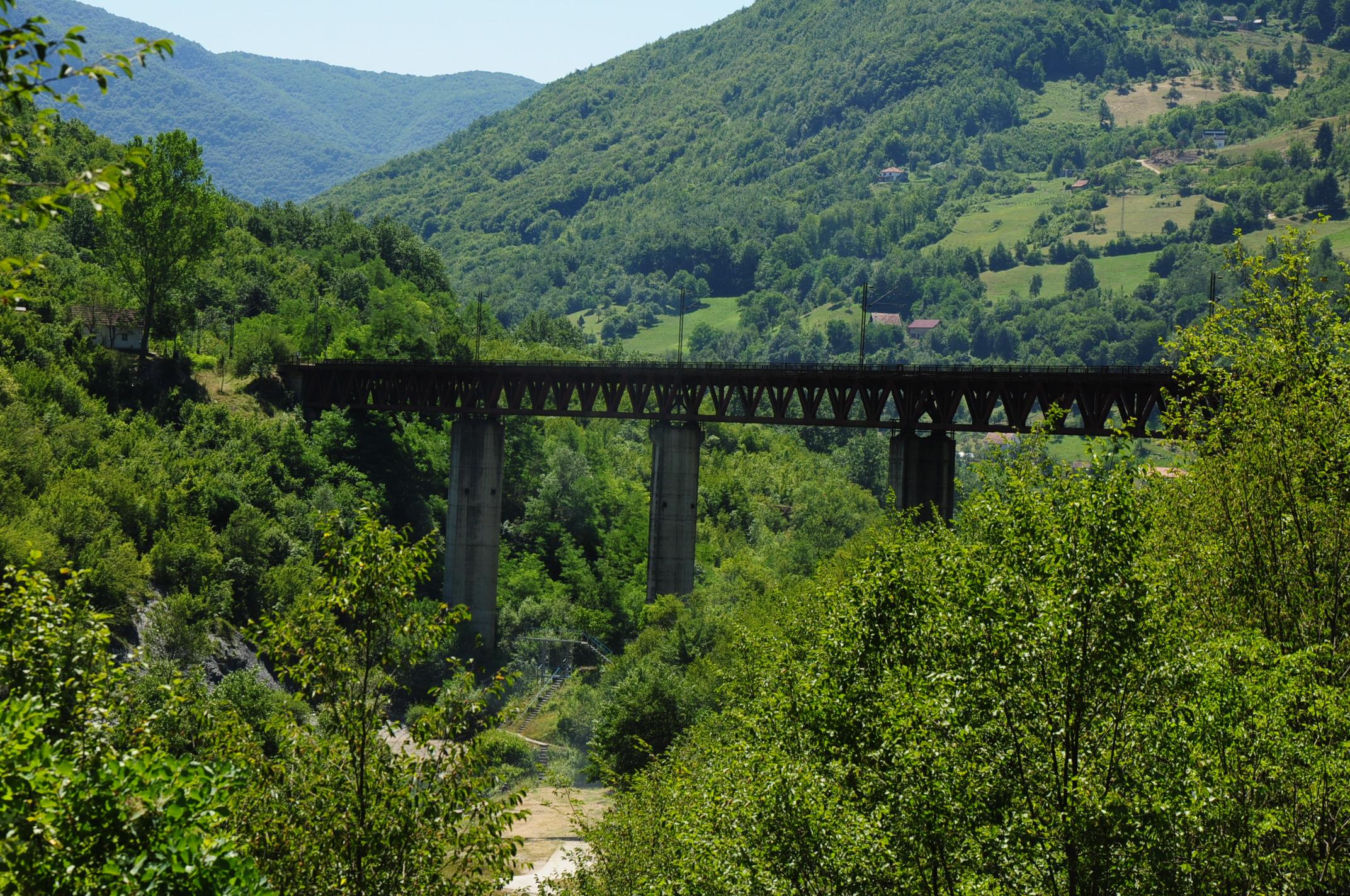 Railway bridge over the Lim