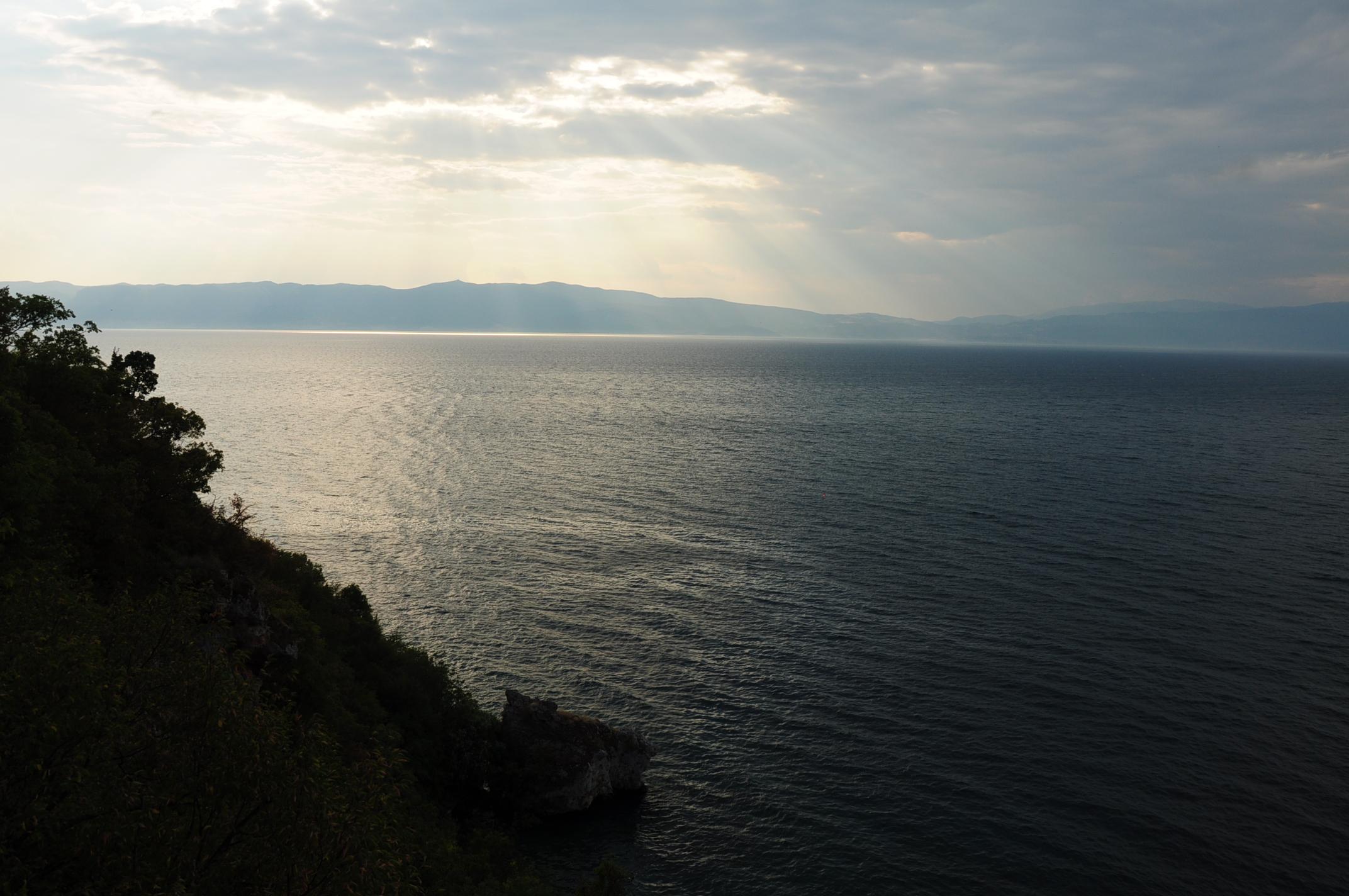 Az Ohridi-tó - a távolban Albánia