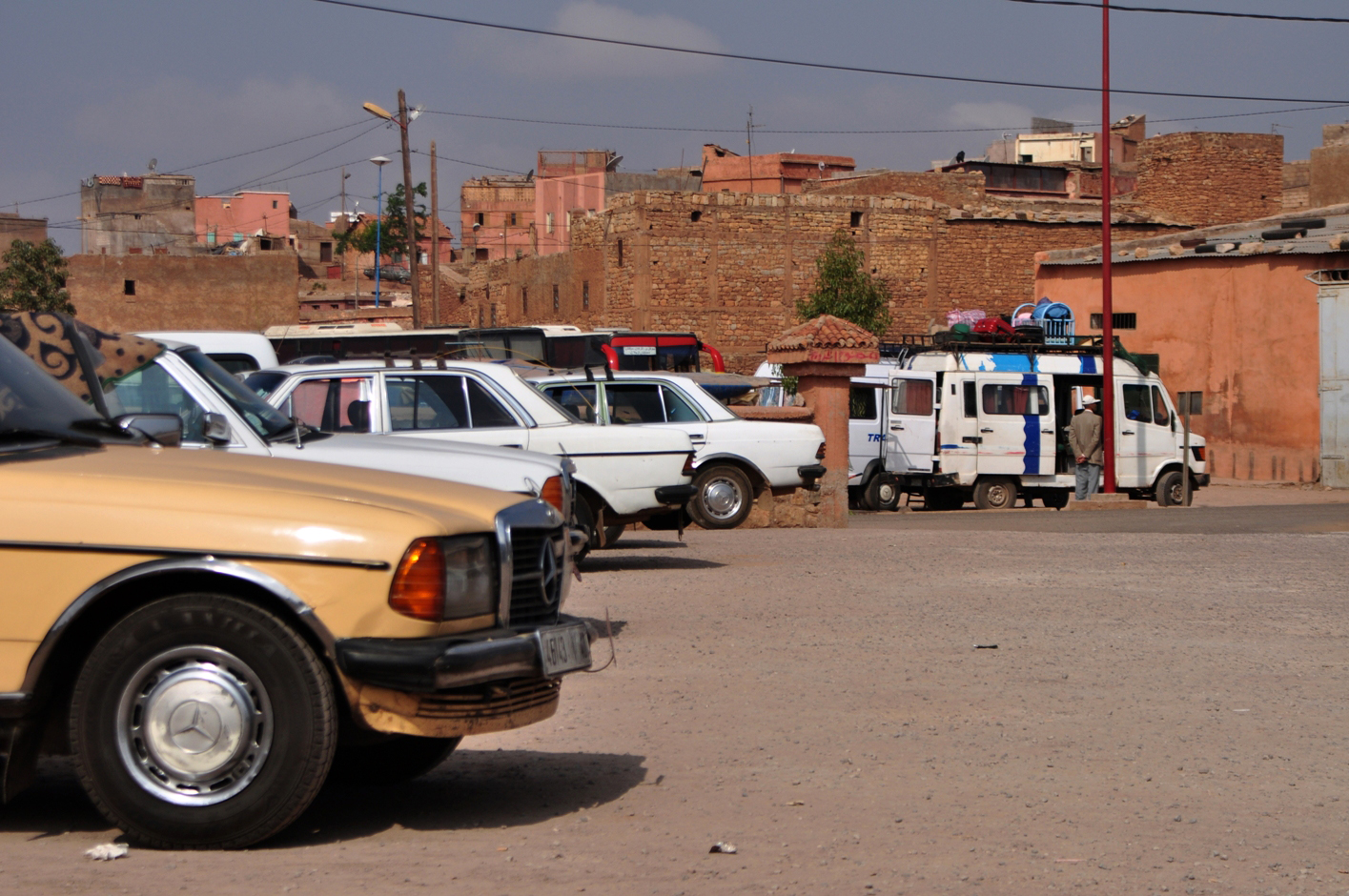 The grand (shared) taxi station in Azilal