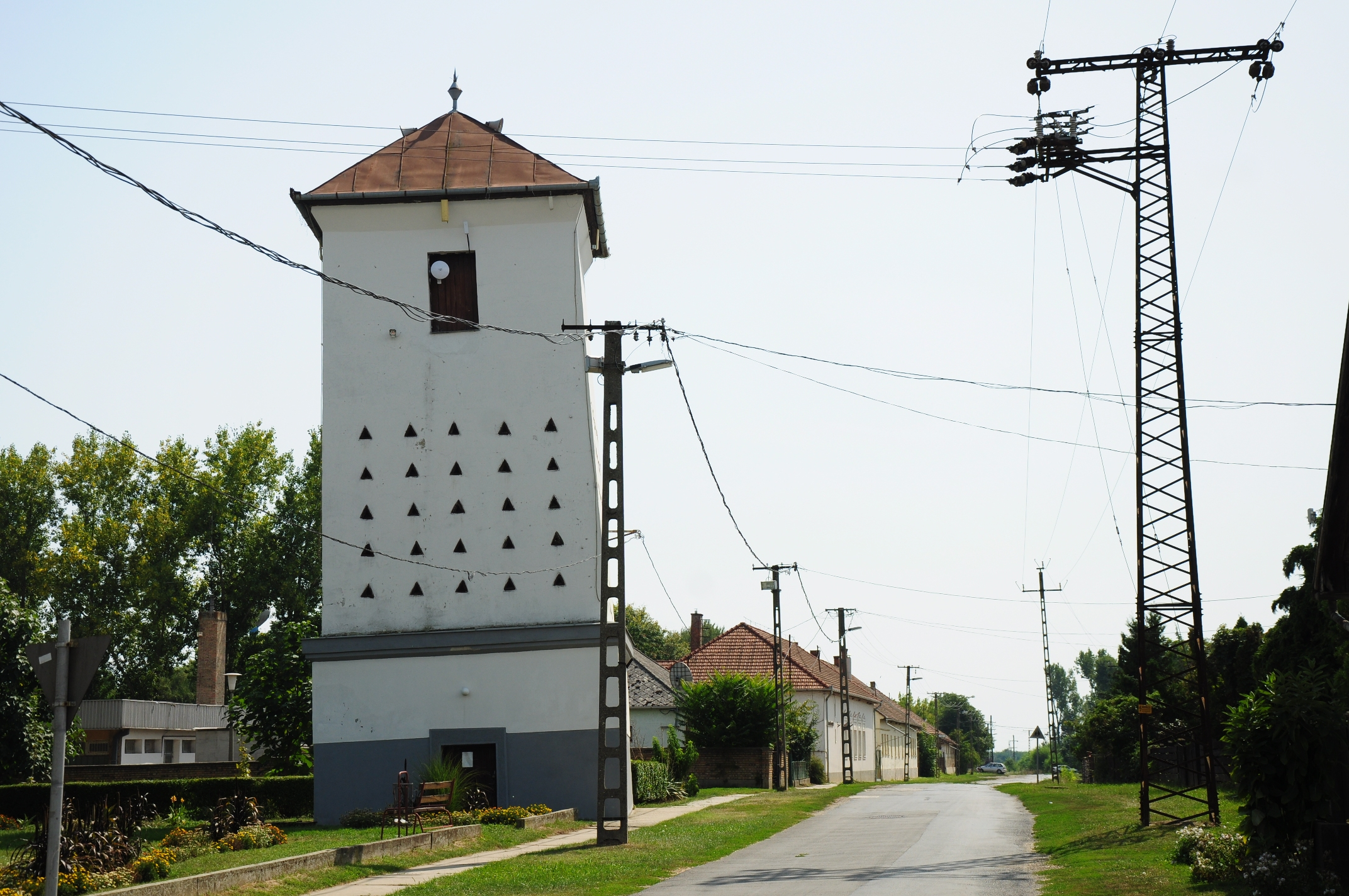 The leaning tower is an old granary building