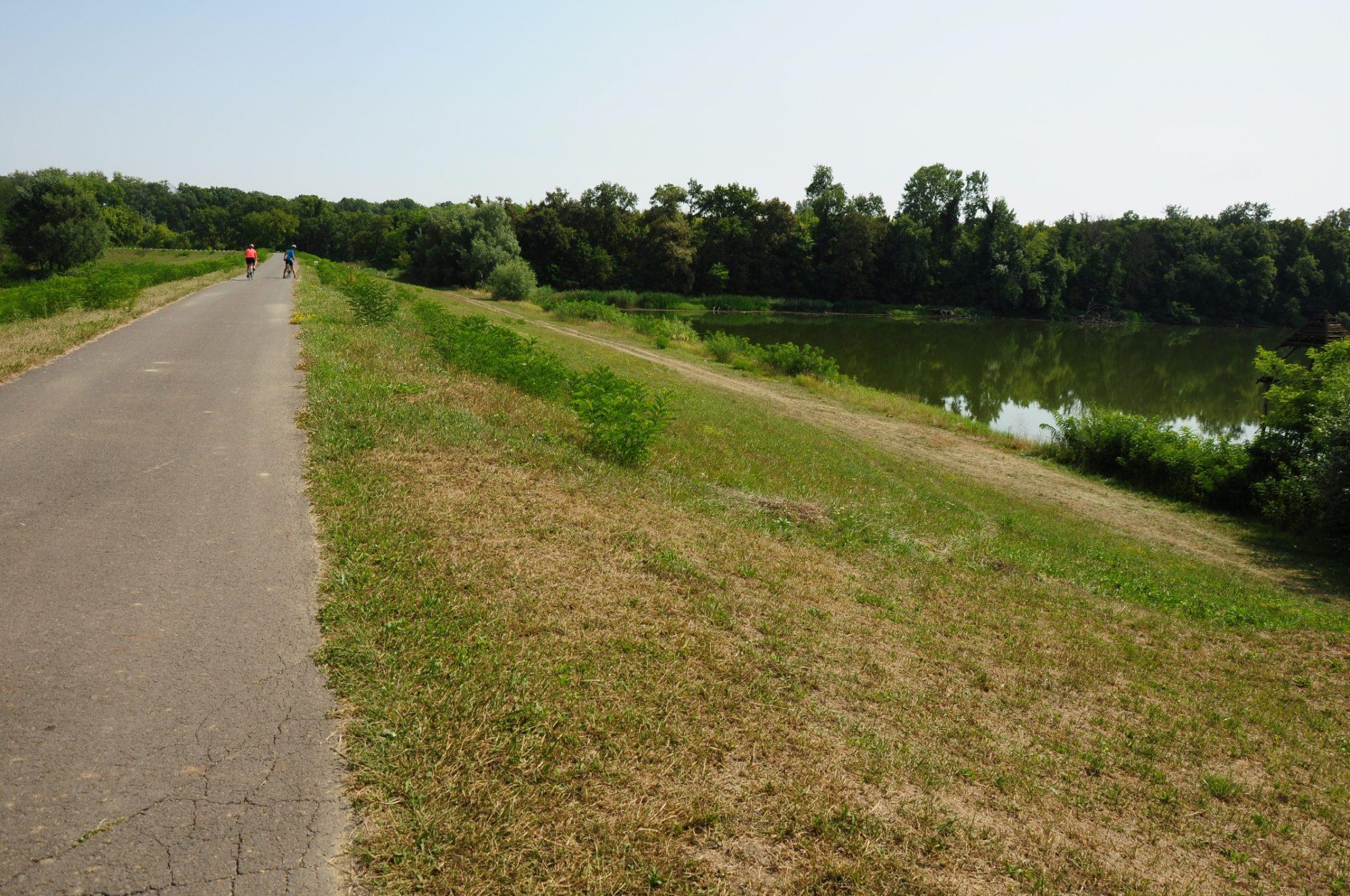 Biciklivel ideális bejárni az árteret