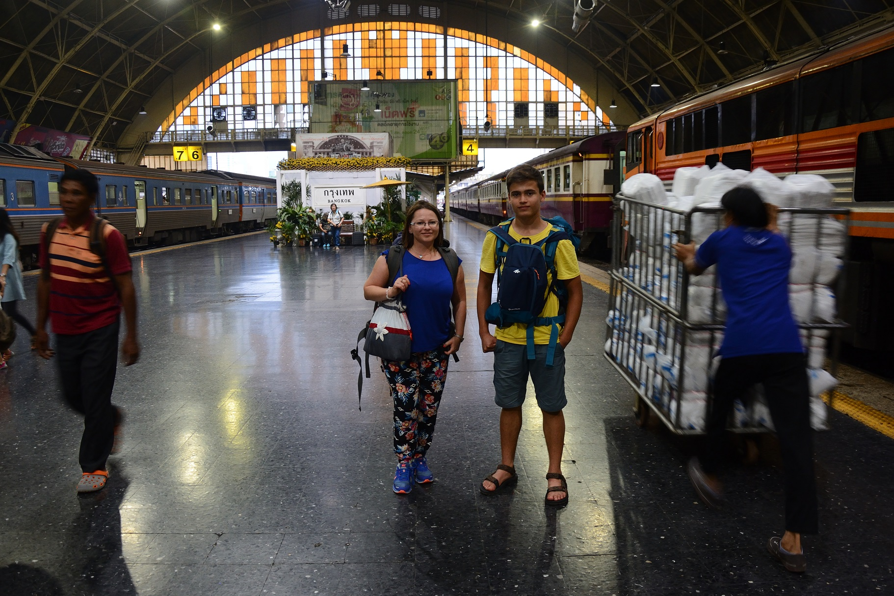A quick photo at Bangkok's Hualamphong railway station.